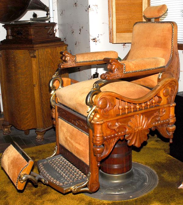 "Advertisements - ANTIQUE C.1900 E. BERNINGHAUS ""The Time Machine"" Barber Chair"